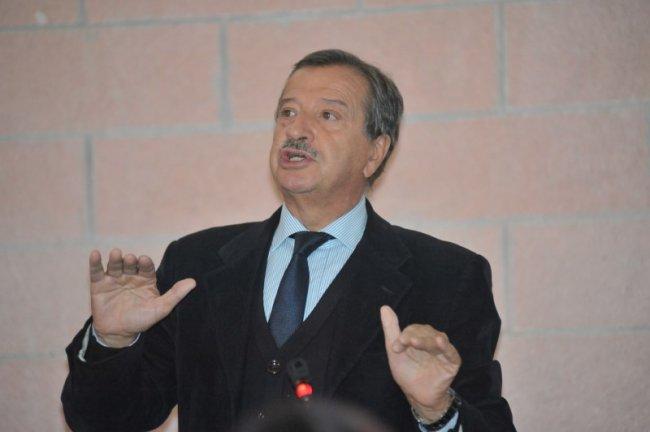Dossier contro Tidei, il sindaco si rivolge alla Procura