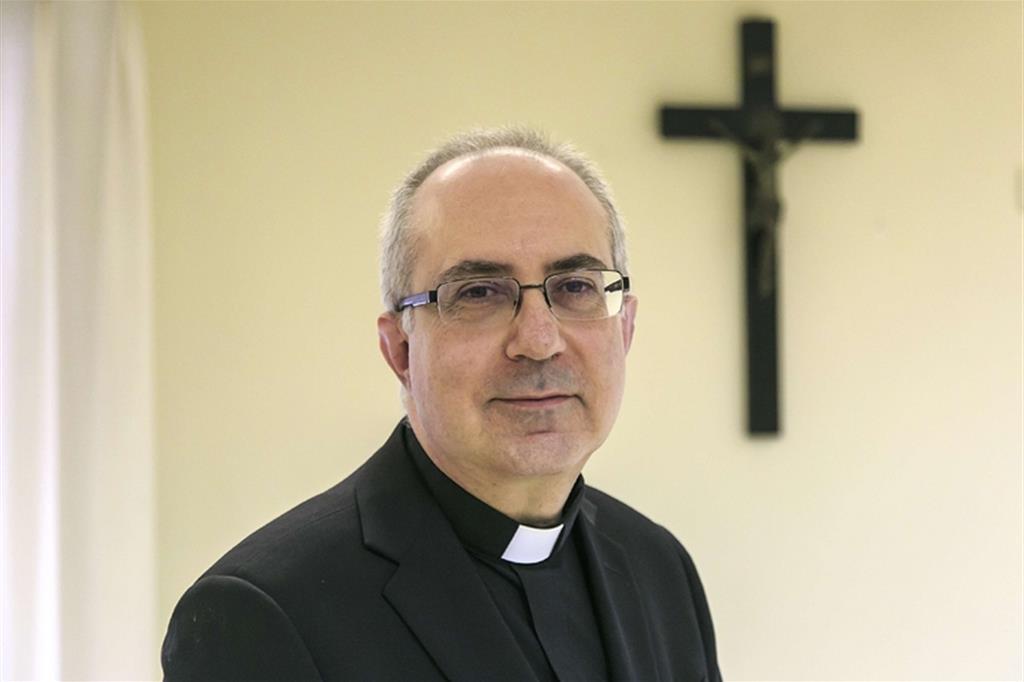 Diocesi Civitavecchia-Tarquinia, il vescovo Gianrico Ruzza inizia il servizio episcopale