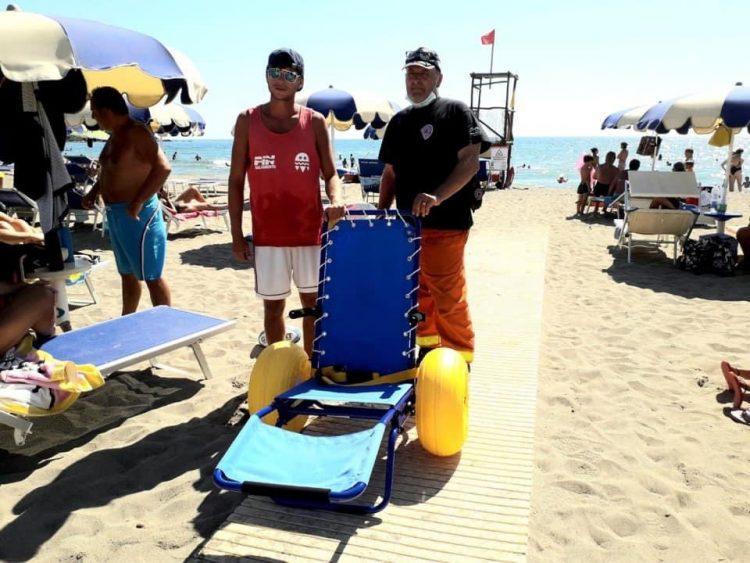 Tarquinia, più passerelle e sedie job per il trasporto disabili