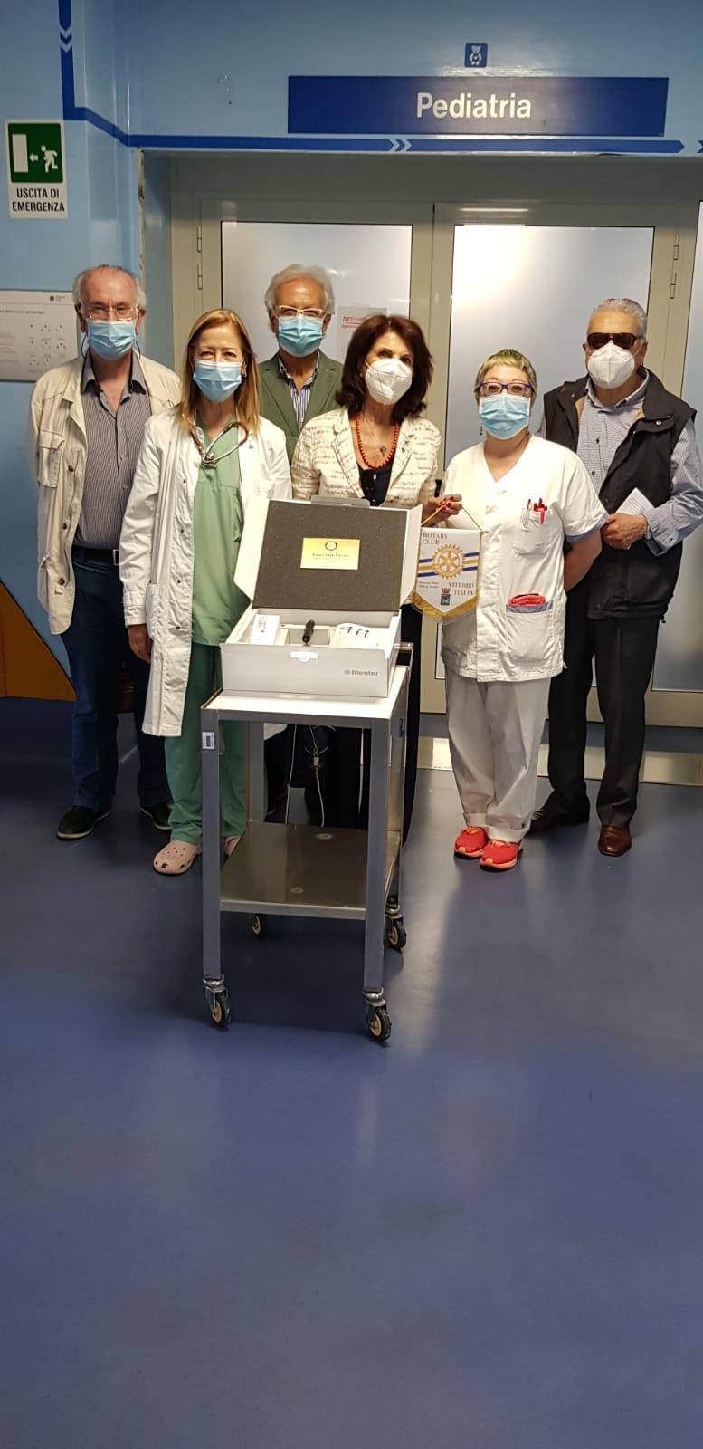 Asl Viterbo, il Rotary club di Viterbo dona un otoscopio alla Pediatria di Belcolle